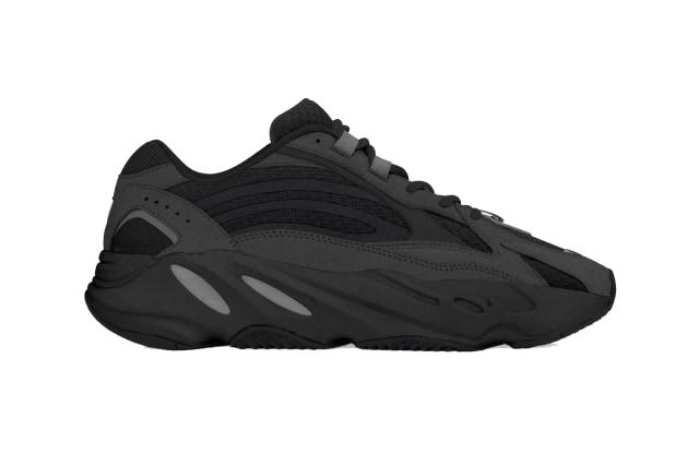 Adidas Yeezy 700 V2 Vanta Jadi Sneakers Paling Hitam Di Dunia