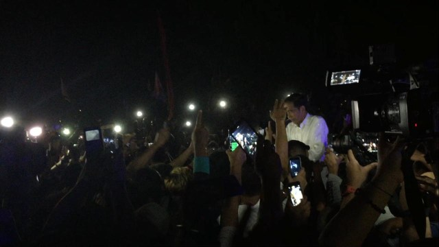 Jokowi Lanjutkan Kampanye di Sorong, Papua (1256087)
