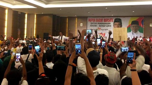 Jokowi Lanjutkan Kampanye di Sorong, Papua (1256086)