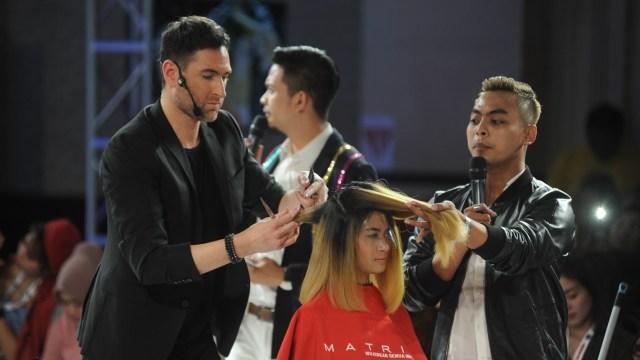 Hal yang Perlu Diperhatikan Pemilik Rambut Tipis Sebelum Warnai Rambut (1068567)