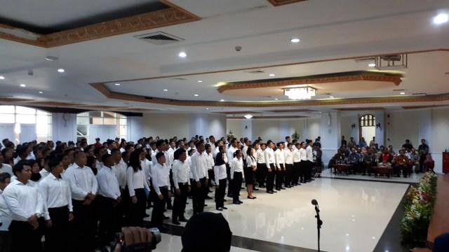 Acara penyerahan SK CPNS di Wisma Kemenpora