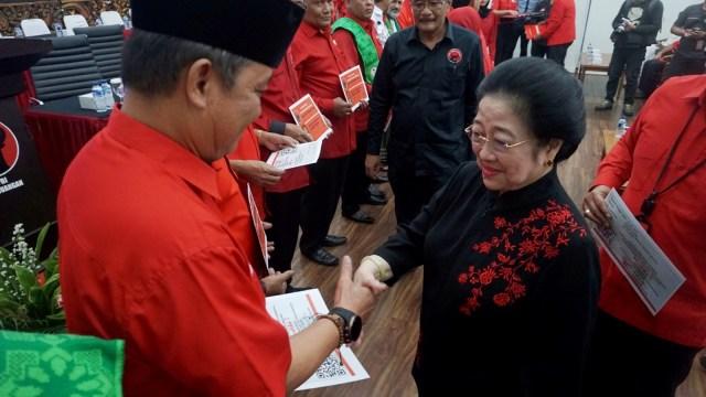 Megawati: Dulu Suka Neno Warisman Sebagai Penyanyi, Sekarang Ngantem (90755)
