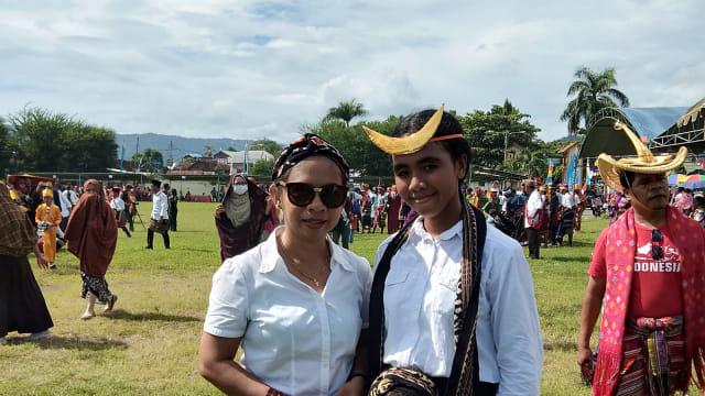 Pawai Budaya HUT ke-204 Dompu, Merayakan Keberagaman Indonesia (66203)