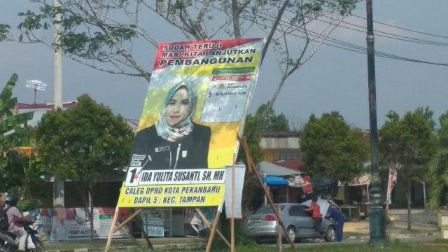 Caleg di Riau Enggan Pasang Foto Jokowi-Ma'ruf di Baliho  (851434)