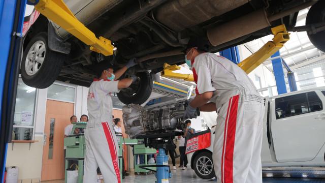 Otomotif, transmisi otomatik, mobil matik, servis, tips otomotif