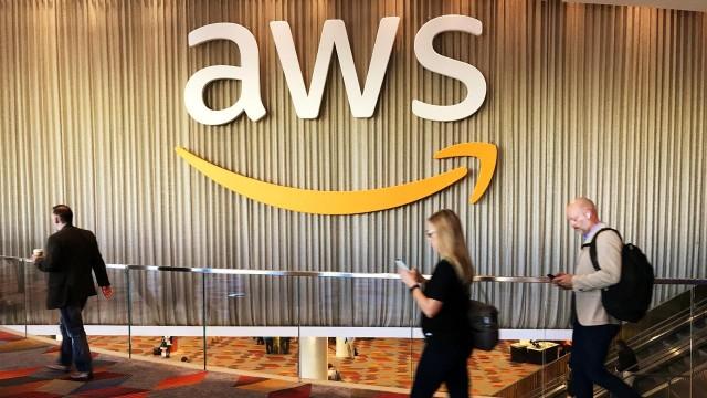 Bos Amazon Mengundurkan Diri untuk Bela Karyawan yang Dipecat (100061)
