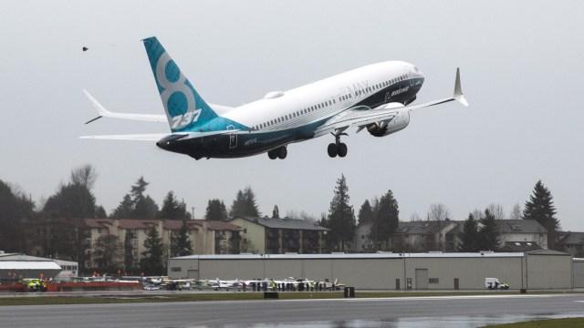 Pesawat Boeing 737 MAX 8
