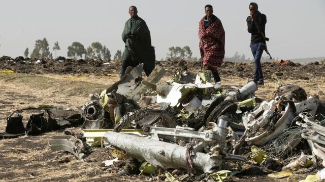 Puing pesawat Ethiopian Airlines ET 302
