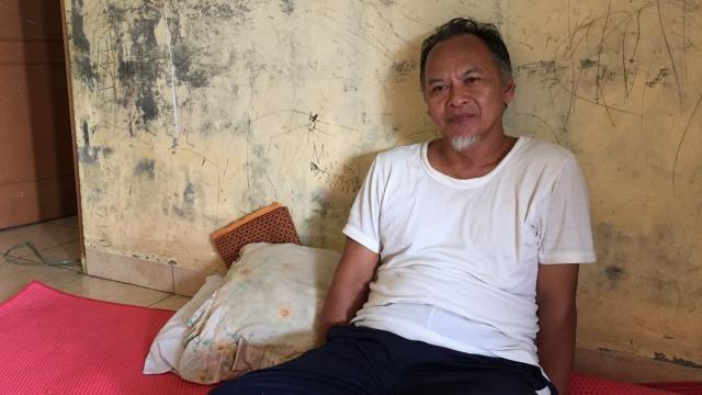Siswadi, Ayah dari Ria Nurhayati, korban pembegalan yang tewas di Setiabudi