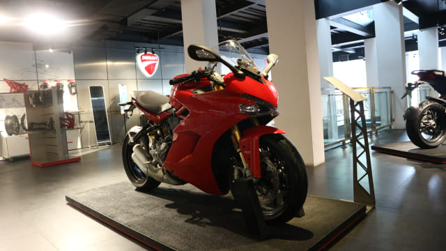 otomotif, ducati, supersport, sepeda motor
