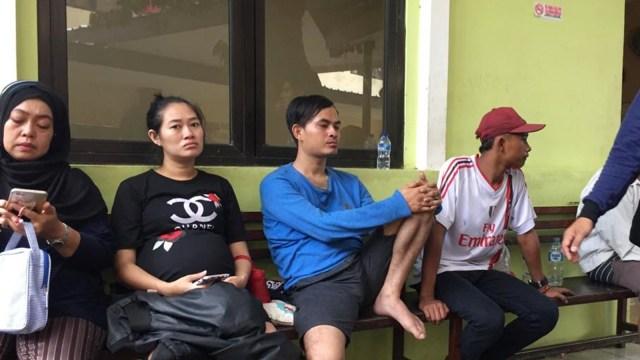 Santana, suami korban tewas di Jalan Margonda, di RS Polri Keramat Jati