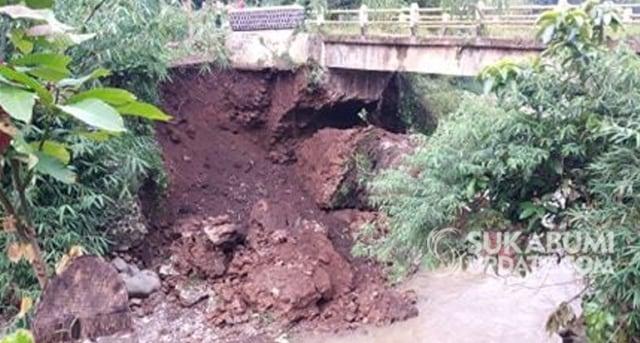 10 Jembatan di Kabupaten Sukabumi Rusak (758822)