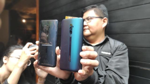 Oppo Reno Dirilis: Kamera Selfie Pop-up Unik, Kamera Belakang 10x Zoom (121144)