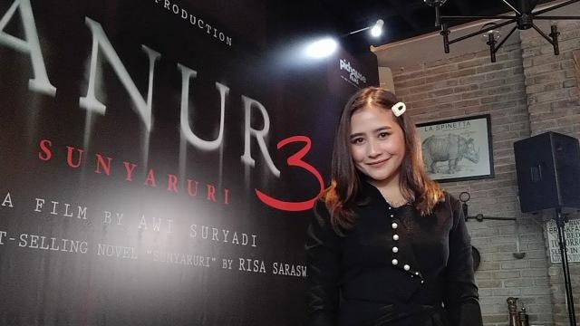 Syuting 'Danur 3', Prilly Latuconsina Banyak Selfie dengan Rizky Nazar (58791)