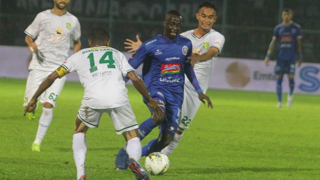 Arema FC vs Persebaya Surabaya