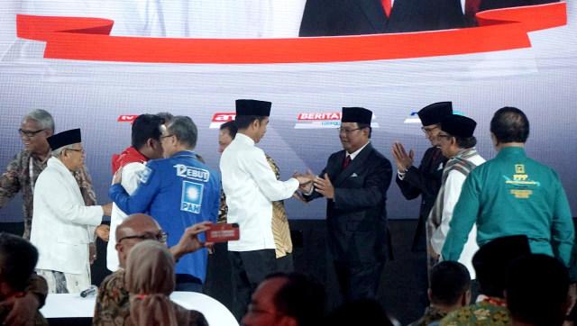Tebar Janji Ala Prabowo dan Jokowi (29473)