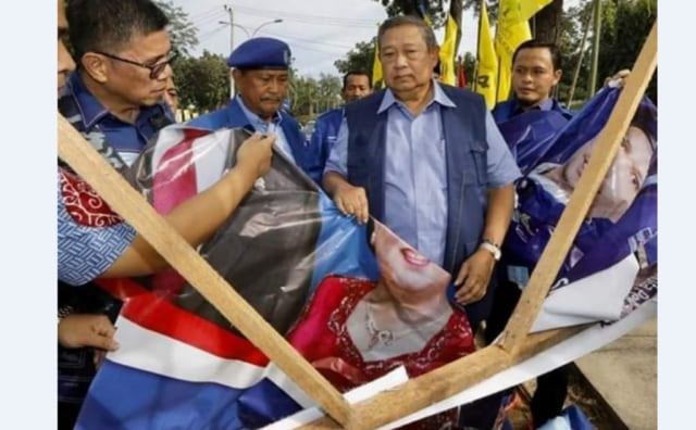 Honor Seorang Saksi Partai Demokrat di Riau Rp 200 Ribu  (322484)