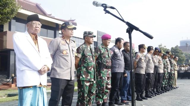18.763 Personel TNI-Polri Disiagakan Jaga Keamanan Pemilu di Jatim (188908)