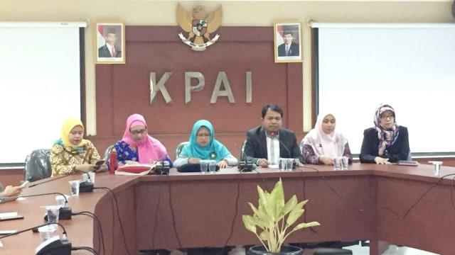 Konferensi pers KPAI, terkait kasus kekerasan siswi SMP di Pontianak
