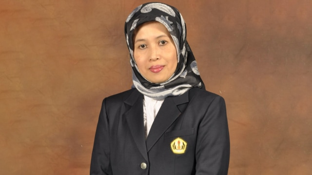 Prof. Dr. Rina Indiastuti, S.E., M.SIE