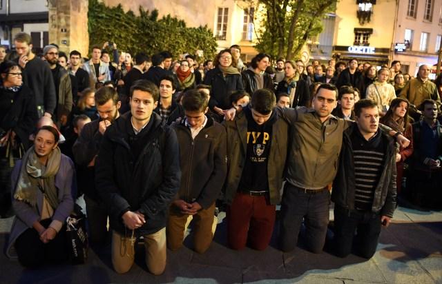 Foto: Kebakaran Katedral Notre Dame Menarik Simpati Banyak Masyarakat (1362720)