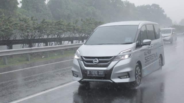 Otomotif, nissan serena, mobil baru, mobl baru 2019, nissan