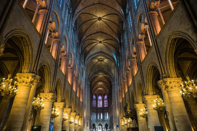 Ruang Bawah Tanah Katedral Notre Dame Kembali Dibuka untuk Wisatawan (81185)