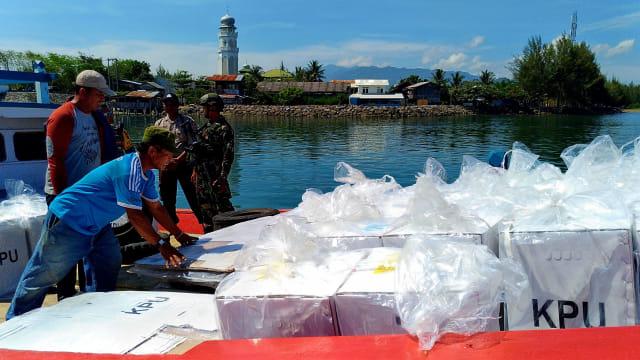 Cerita Distribusi Logistik Pemilu 2019 ke Pulo Aceh (1225139)