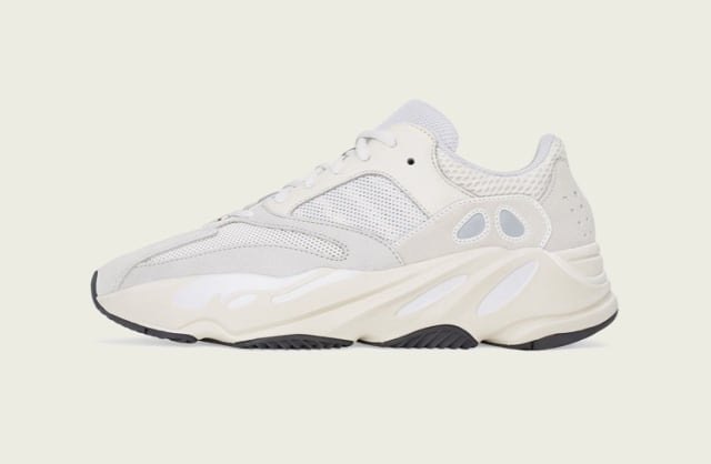 designer fashion 12b8b 1800d Adidas Yeezy Boost 700 Analog Dijual 27 April 2019 ...