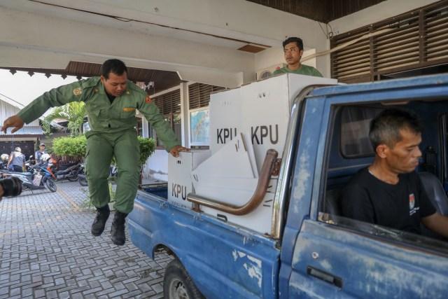 Kotak Suara di Banda Aceh Mulai Bergeser dari PPS ke PPK (13).JPG