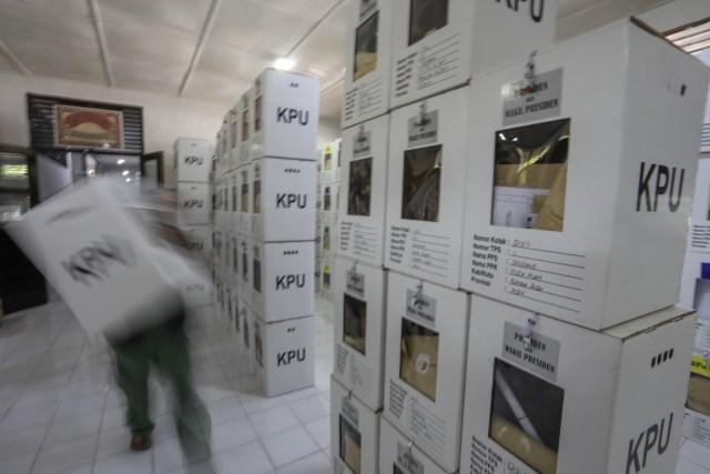 Kotak Suara di Banda Aceh Mulai Bergeser dari PPS ke PPK (7).JPG