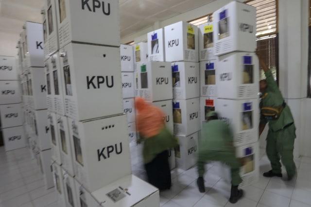 Kotak Suara di Banda Aceh Mulai Bergeser dari PPS ke PPK (4).JPG
