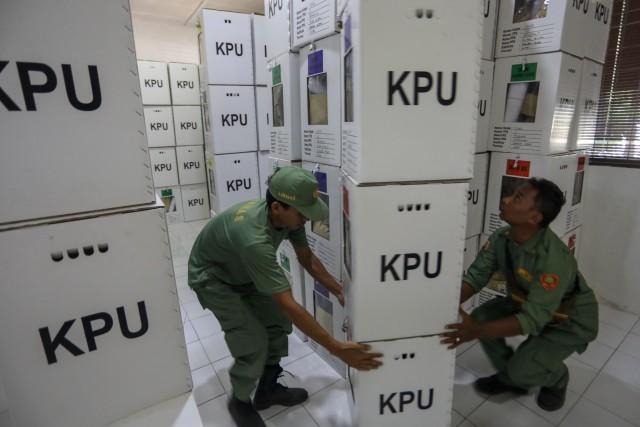 Kotak Suara di Banda Aceh Mulai Bergeser dari PPS ke PPK (3).JPG
