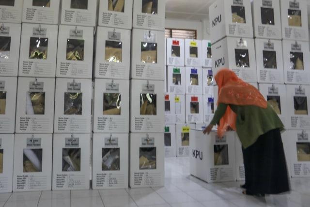Kotak Suara di Banda Aceh Mulai Bergeser dari PPS ke PPK (6).JPG