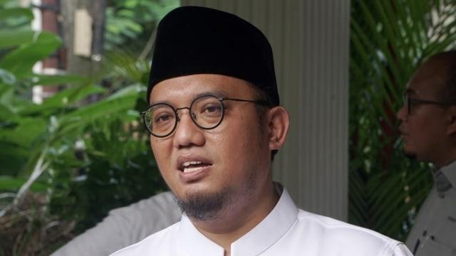 Prabowo Jenguk Korban Rusuh yang Dirawat di Posko Pemenangan (141685)