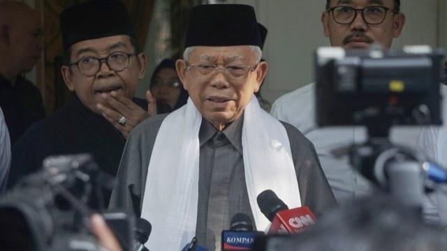 Ma'ruf Amin di kediamannya Jalan Situbondo, Jakarta