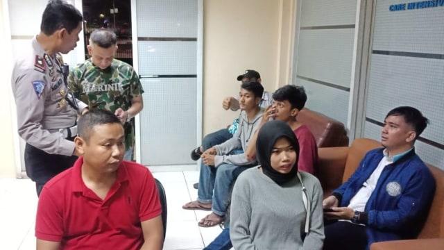 Sejumlah korban tabrak lari di kantor polisi.