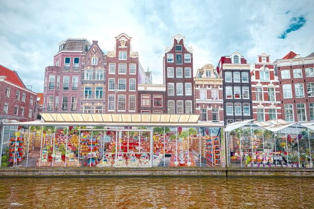 Satu-satunya Pasar Bunga Terapung di Belanda Tutup (14643)
