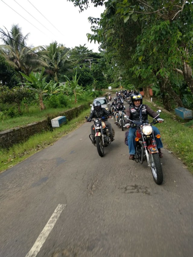 Touring Eco Ride Komunitas Royal Riders Indonesia