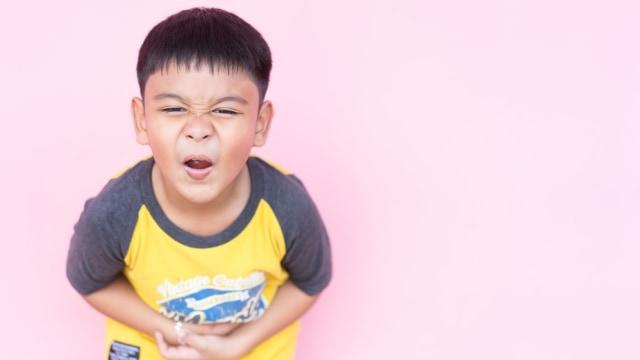 Ilustrasi anak sakit perut.