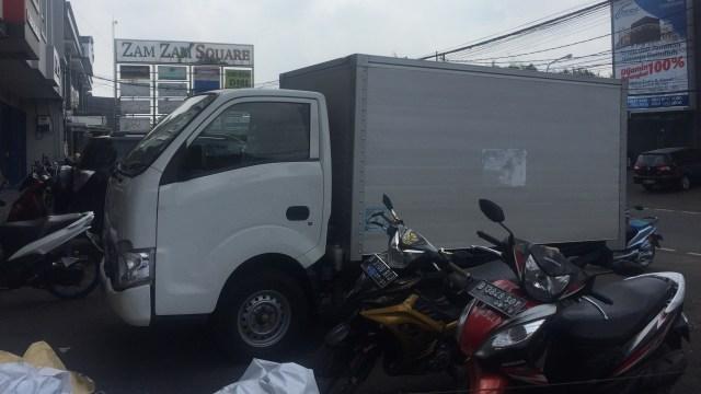 Hoaks Video Operasi Tangkap Tangan Truk KPU Pengangkut C1 di Condet (151133)