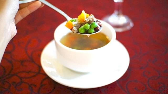 Bale Raos Kraton: Makanan Favorit Raja dengan Tampilan Modern (12597)