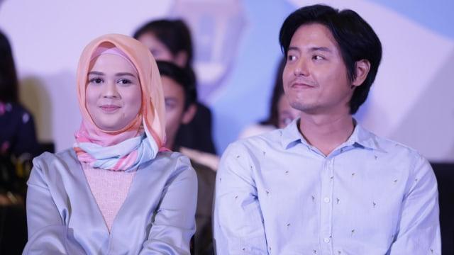 Cut Meyriska dan Roger Danuarta, di acara program Ramadhan