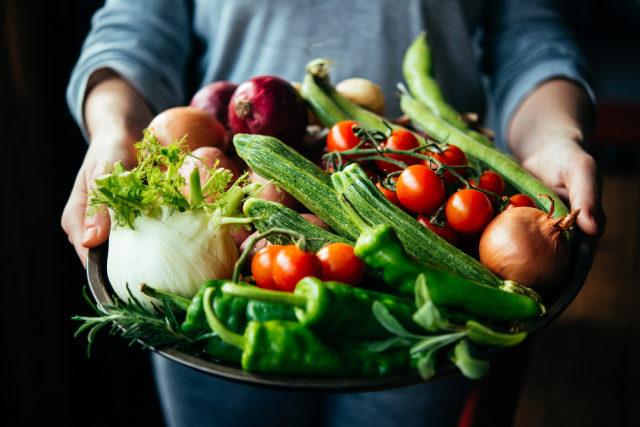 com-Ilustrasi sayuran segar