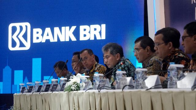 Direktur Utama Bank BRI Suprajarto dalam pemaparan kinerja Keuangan Triwulan PT Bank Rakyat Indonesia Tahun 2019.