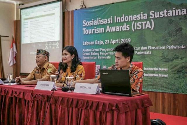 com-Sosialisasi Indonesia Sustainable Tourism Award (ISTA) 2019