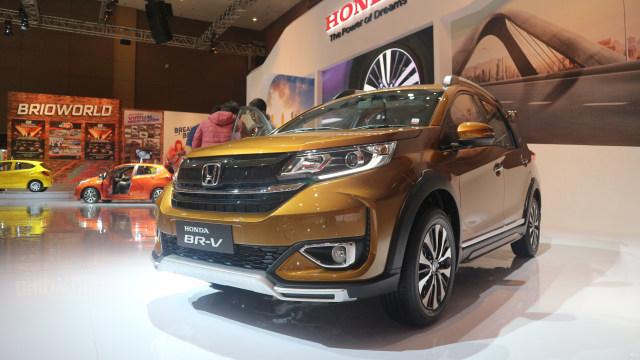 Berita Populer: Koleksi Mobil Lewis Hamilton, Mobil Terlaris Honda Oktober 2020 (255305)