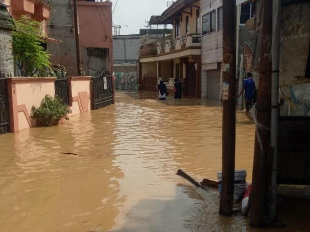 Banjir di Cililitan Kecil, Kramat Jati (NOT COVER)