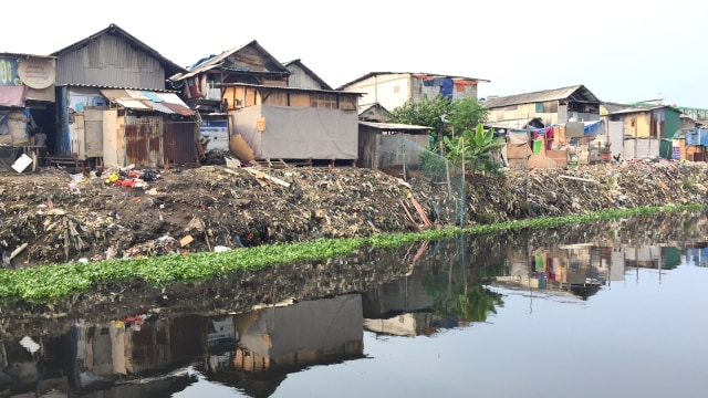 400+ Gambar Lingkungan Rumah Yang Bersih Dan Kotor Gratis
