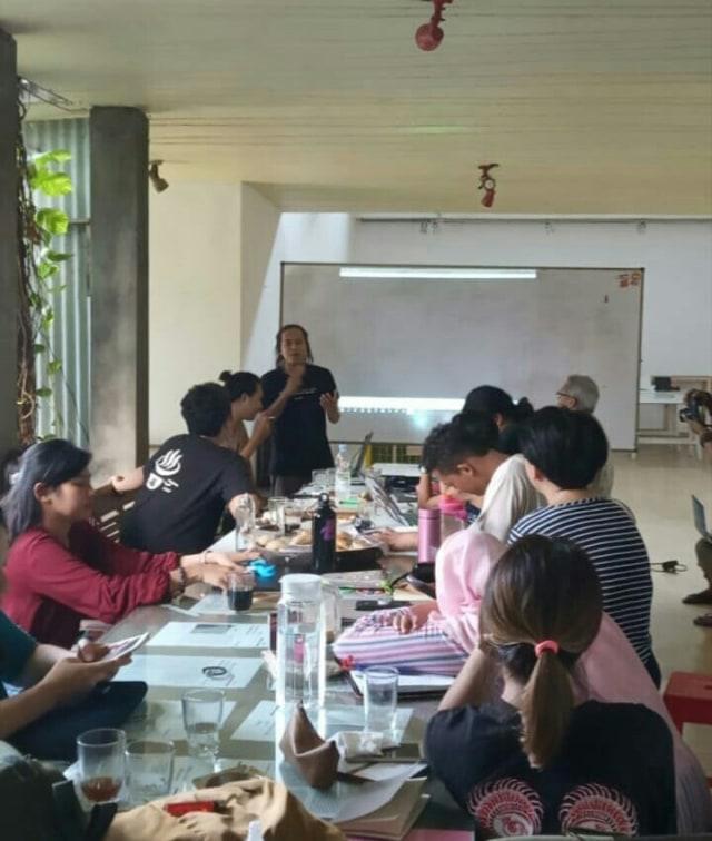 Rimpang Nusantara Sarana Eksplorasi Pegiat Seni (767543)
